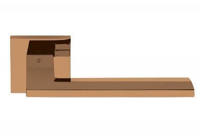 Poignée de porte style Manhattan finition Electra Vintage sur rosette de Colombo Design