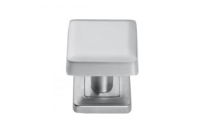 QBE Bouton carré en laiton Design Minimal Studio Mariani Becchetti